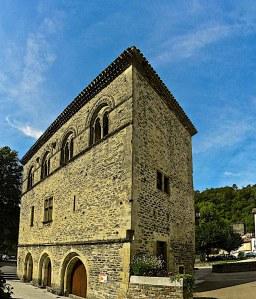 La pavillon d'Adélaïde à Burlats (XIIe siècle).